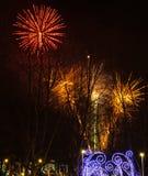 Vuurwerk tijdens de viering van Sao Jose van de Vadersdag in Povoa DE Lanhoso royalty-vrije stock foto's