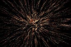 Vuurwerkvertoning in hemel Stock Foto's