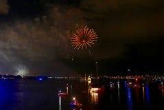 Vuurwerkvertoning voor Vierde van Juli in St Augustine, Florida, de V.S. royalty-vrije stock afbeelding