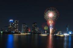 Vuurwerkvertoning voor viering Stock Fotografie