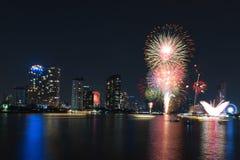 Vuurwerkvertoning voor viering Stock Afbeeldingen