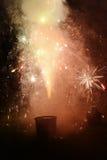 Vuurwerkviering bij nacht Stock Afbeelding