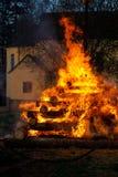 Vuurzee, het branden heksen Stock Afbeeldingen