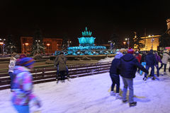 VVC (前HDNH)公园在冬天夜,莫斯科 库存照片