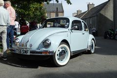 VW第一类型甲虫,在淡蓝在马达疯狂,在斯佩的Grantown, 2017年 库存照片