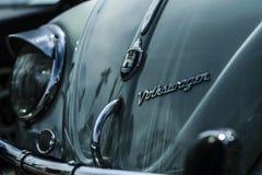 VW轮子轮胎坚果涡轮 免版税图库摄影