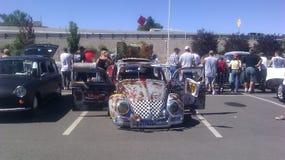 VW éclectique au rat Rod Auto montrent dans les étincelles nanovolt Image libre de droits