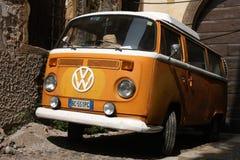 VW μεταφορέων T2 Στοκ Εικόνες