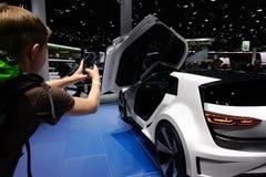 VW Golf GTE Bawi się pojęcie przy IAA samochodami Zdjęcie Royalty Free