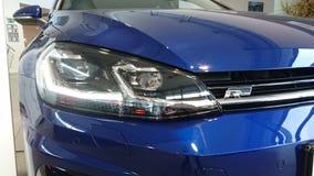 VW-Golf VII 7 R geleid hoofd licht detail royalty-vrije stock foto