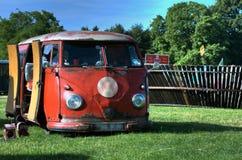 VW-kampeerauto Royalty-vrije Stock Afbeeldingen