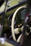 VW-kever 1957 binnenkant Stock Foto's