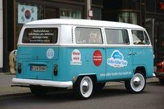A VW velha transporta Fotografia de Stock Royalty Free