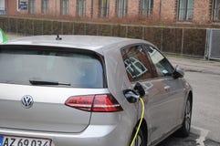 VW VOLKS WAGEN电汽车 免版税库存图片