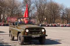 VYBORG, RUSIA - MAYO 08,2012: desfile del día de la victoria Foto de archivo libre de regalías