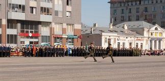 VYBORG, RUSLAND - MEI 08.2012: de Parade van de overwinningsdag Royalty-vrije Stock Foto's