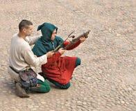 VYBORG, RUSSIA - 31 LUGLIO: Gli uomini non identificati fanno la a Fotografie Stock Libere da Diritti