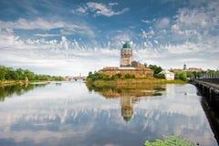 Vyborg slott som byggs på en liten ö royaltyfri foto