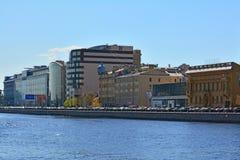 Vyborgrskaya堤防在圣彼德堡,俄罗斯 库存图片