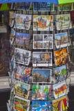 Vykort av Amsterdam - gataförsäljning - AMSTERDAM - NEDERLÄNDERNA - JULI 20, 2017 Arkivbilder