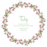 Vykort med rosa tulpan som är ordnade i en cirkel Polygonstilkrans av blommor Royaltyfri Bild