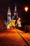 Vysehrad教会在布拉格在晚上 图库摄影