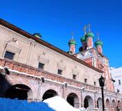 Vysokopetrovsky修道院在莫斯科 免版税库存图片