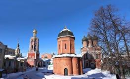 Vysokopetrovsky kloster i Moskva Royaltyfria Foton