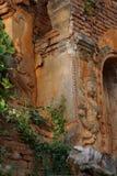 Wächtergeist auf altem stupa Lizenzfreie Stockbilder