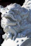 Wächterlöweskulptur Stockfotos