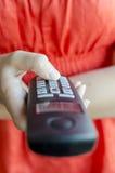 Wählende Telefonnummer auf tragbarem Telefonhörer Lizenzfreies Stockbild