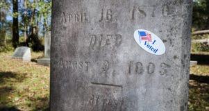 Wähler im Grab Lizenzfreies Stockbild