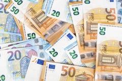 Währungseurobanknoten-Rechnungshintergrund der Europäischen Gemeinschaft Euro 2, 10, 20 und 50 Konzepterfolgsreichwirtschaft Auf  Lizenzfreie Stockfotos
