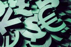 Währungsikonen liegen auf dem Hintergrund, Design für Geschäft stockbilder