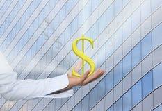 Währungszeichen des Dollars in einer Geschäftsmannhand und haben ein Weiß Stockfotos