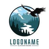 Wälder mit Wasser mit Eagle Logo Vector Lizenzfreie Abbildung