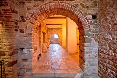 Wände und artefats von Euphrasian-Basilika in Porec Stockfoto