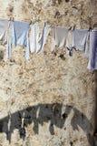 Wäscherei auf der Linie lizenzfreie stockbilder