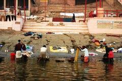 Wäscherei in dem Ganges-Fluss Lizenzfreie Stockfotos