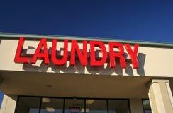Wäscherei-Zeichen lizenzfreie stockfotografie