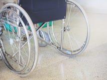 Wózek inwalidzki dla dostępność ludzi Zdjęcia Royalty Free