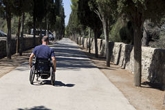 Wózek inwalidzki Drogi postęp fotografia stock
