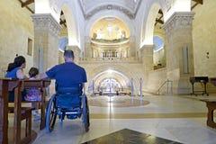 Wózek inwalidzki Kościół Wnętrze Obrazy Royalty Free