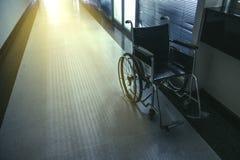 Wózek inwalidzki w szpitalu Obrazy Royalty Free