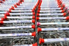 Wózek na zakupy, ruch plama Zdjęcia Stock