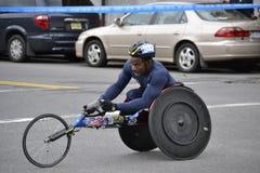 Wózka inwalidzkiego setkarza Miasto Nowy Jork maraton 2014 Zdjęcia Stock