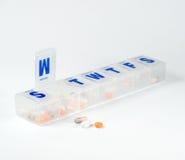 Wöchentlicher Pille-Kasten Stockbilder