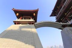 Wölben Sie Brücke auf dem Hauptgebäude von datang furong Garten, luftgetrockneter Ziegelstein rgb Stockbild