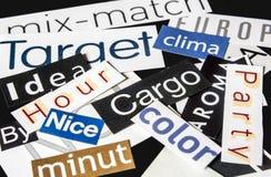 Wörter befestigt von den Zeitschriften Lizenzfreies Stockfoto