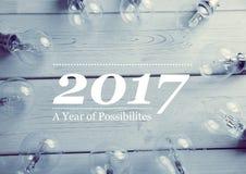 2017 Wünsche des neuen Jahres mit elektrischen Birnen Lizenzfreies Stockbild